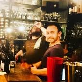 4 ans ! Le 26 juin QCQBM La cave en ligne fête son anniversaire :) On est hyper content et c'est une bonne occasion pour célébrer aussi l'ouverture de notre cave et bar à vin Parisienne. @lotofwine_paris #anniversaires #inauguration #jaisoif #vinnature #vinnaturels #vinvivant #cestlafete 54 rue de l'hôtel de ville 75004 Paris